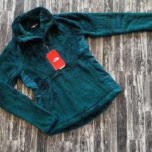The North Face Osito Sport Hybrid 1/4 Zip Jacket